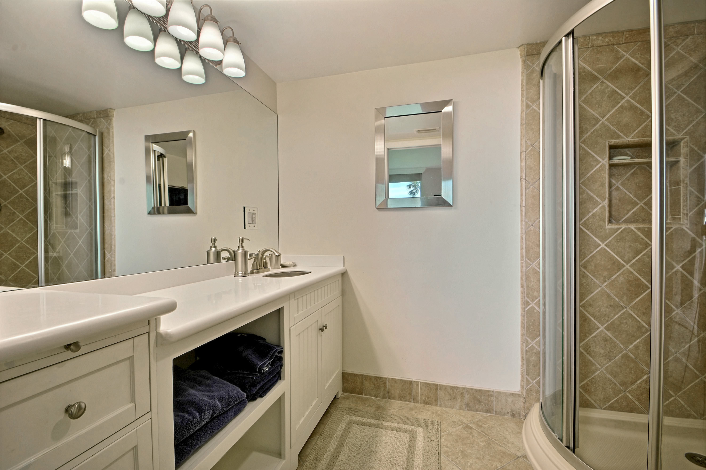 3554 Ocean Dr UNIT 1004N Photo 6