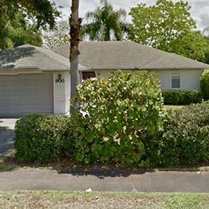 900 10th Court Vero Beach 32960
